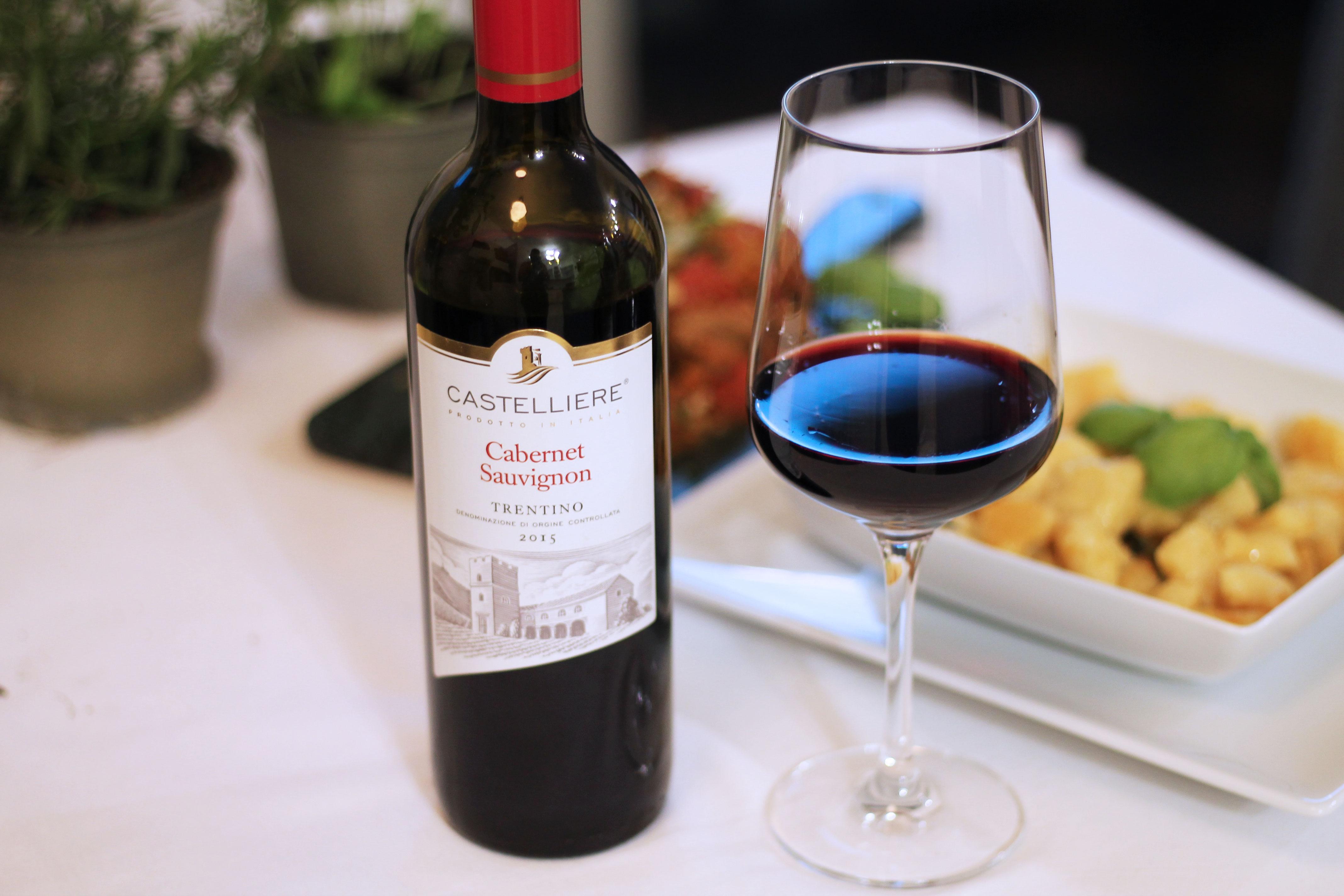 7-geschmackswelten-food-blogparade-italien-kulinarische-momente-italia-italy-rezept-gericht-kardiaserena-rotwein-cabernet-sauvignon-trentino