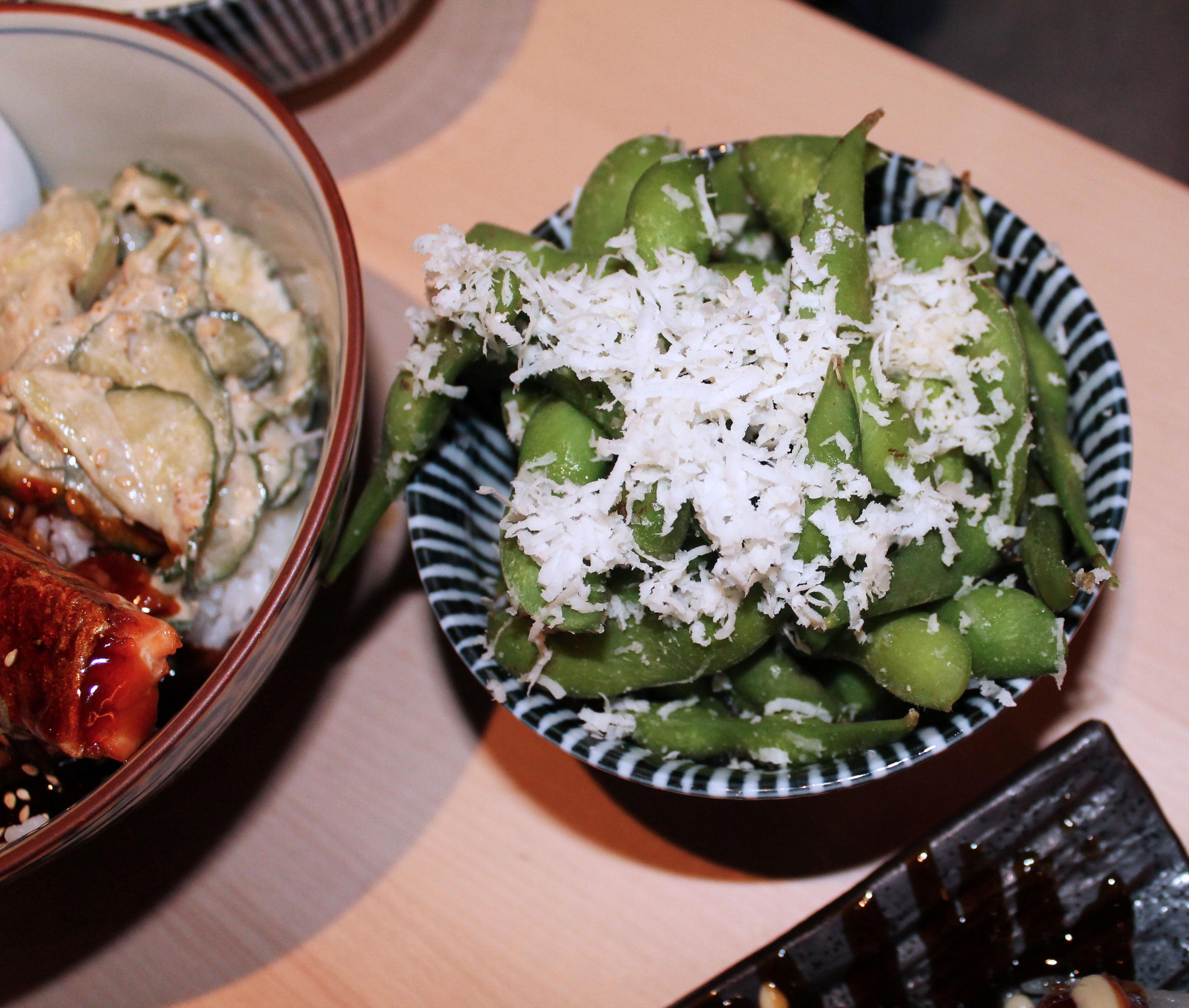 kardiaserena-iki-restaurant-erste-campus-lokaltippedamame-sojabohnen