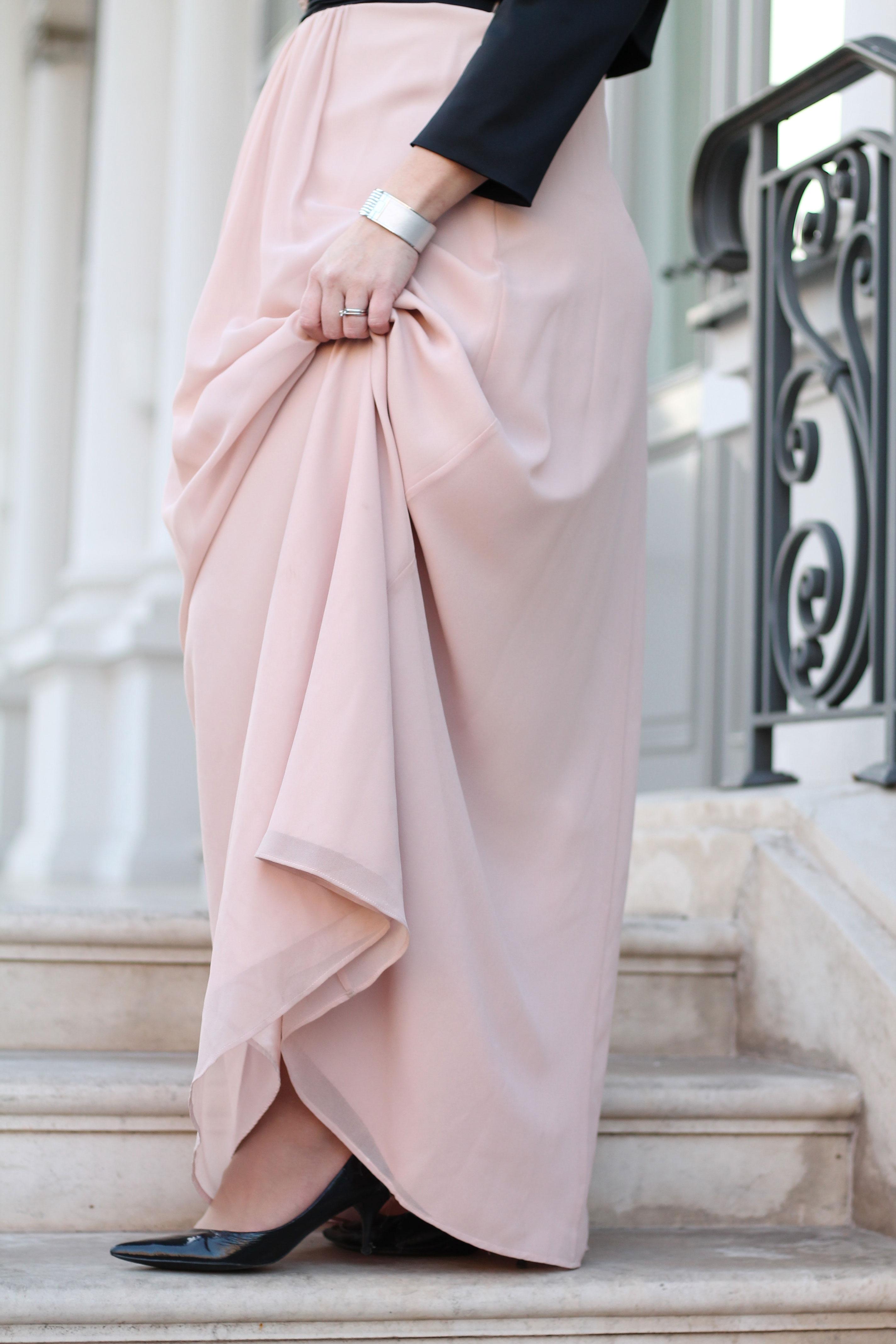 ballkleid-farbe-rose-nude-kardiaserena-lackpumps