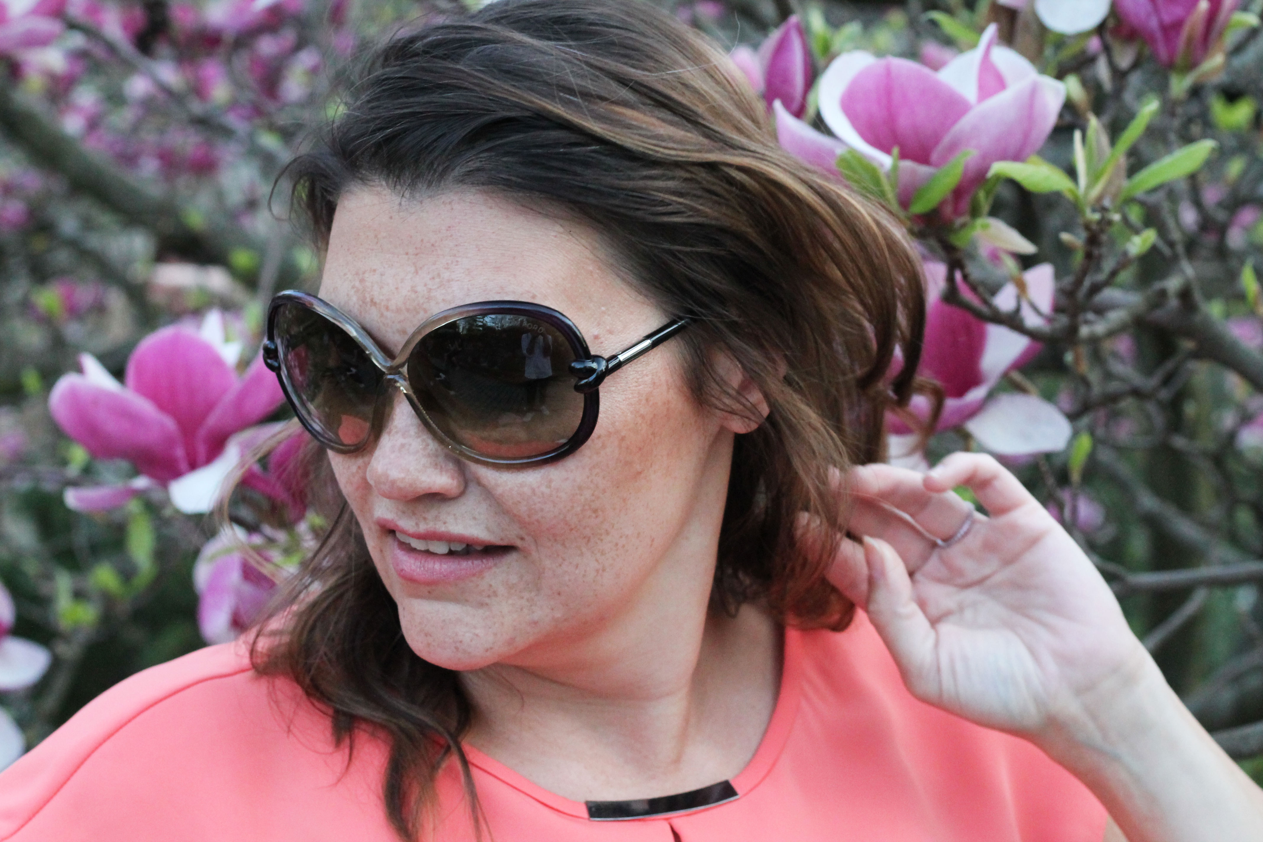 KT-spring-look-my-look-plussize-fashion-outfit-hm-tellerrock-setagaya-park-kardiaserena-peach-tom-ford-sonnenbrille-magnolia-ladylike