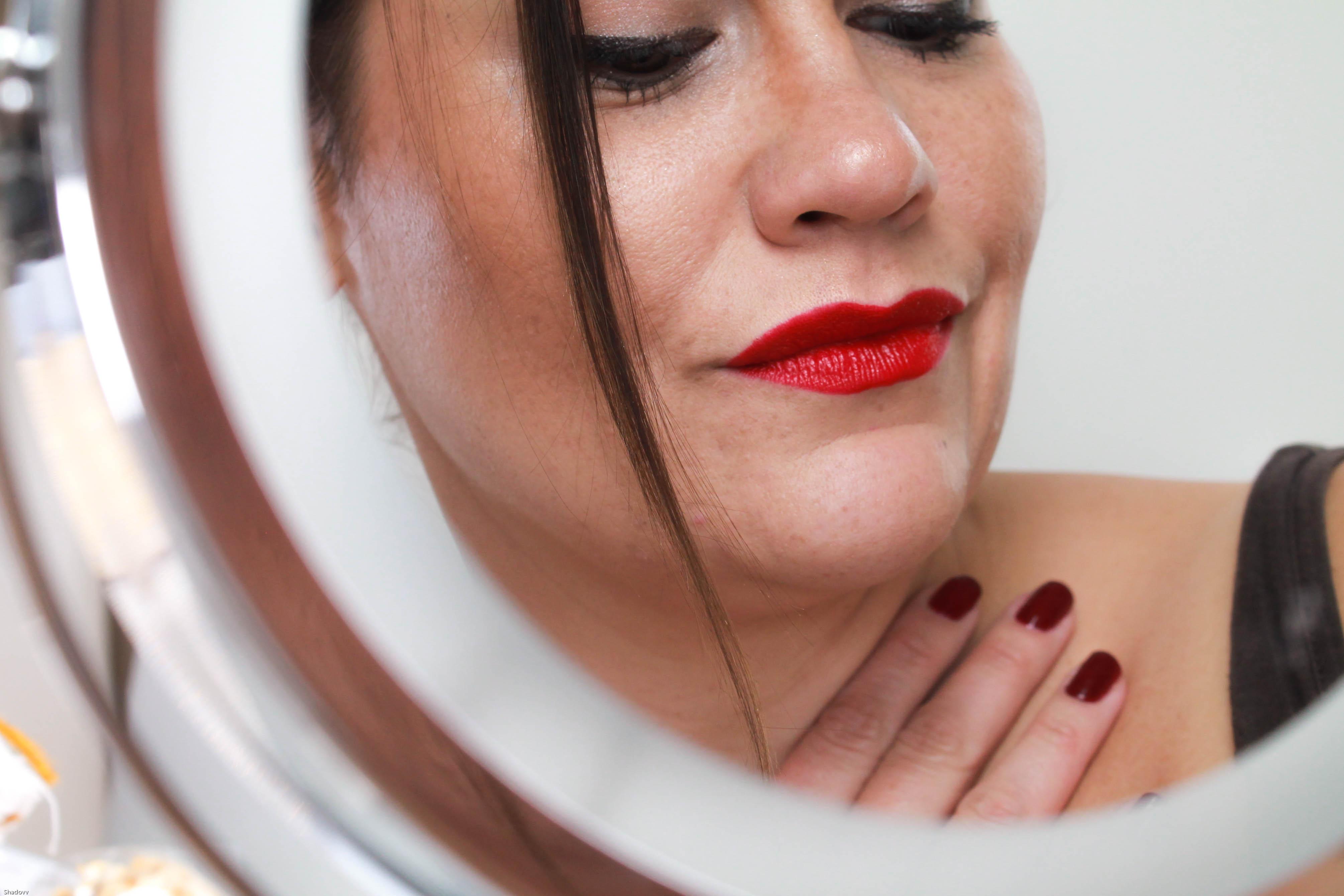 kardiaserena laura mercier lippenstift rot