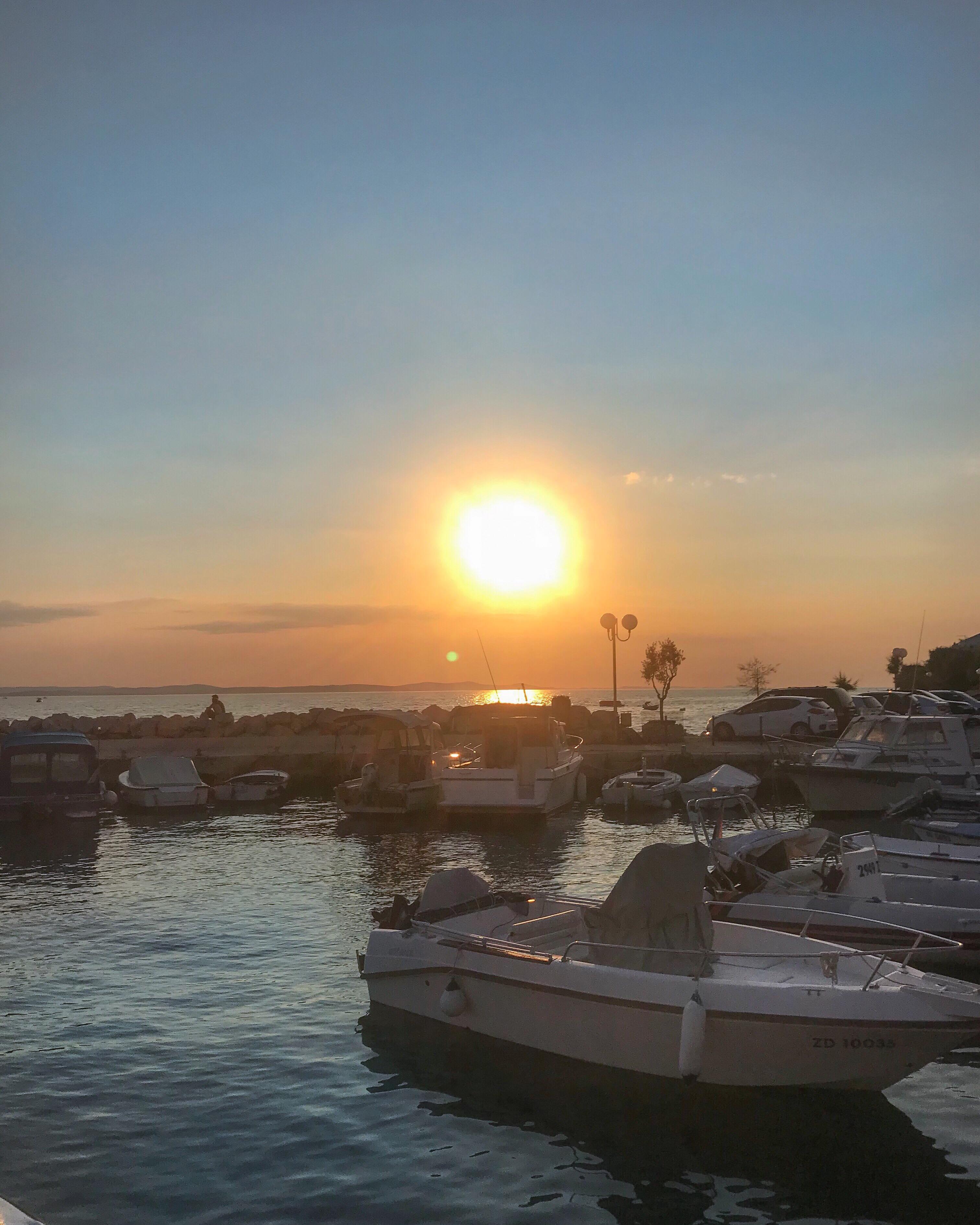 kroatien urlaub kardiaserena croatia zadar plussize fashion sunset