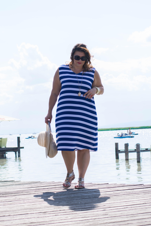 streifenkleid blau-weiß sommer fashion plussize outfit frapp maritime marine look kardiaserena